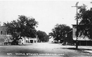 Maple Stree, Mondamin Iowa